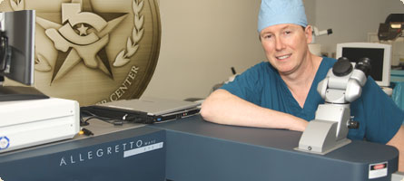 dr william boothe with the allegretto wave eye-q laser